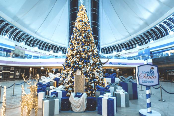 yalla abu dhabi spectacular light show at marina mall abu dhabi